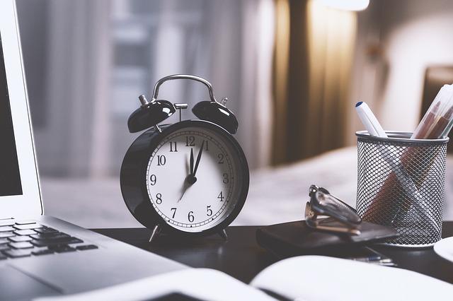 Lucha contra la precariedad laboral: registrar el horario